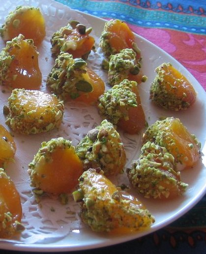 Apricots with Mascarpone and Pistachios