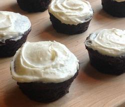 GuinnessChocolateCake-cupcake-done3