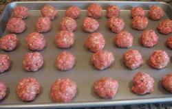 Uncooked meatballs