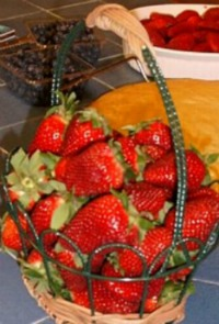 Amaretto Strawberries Recipe