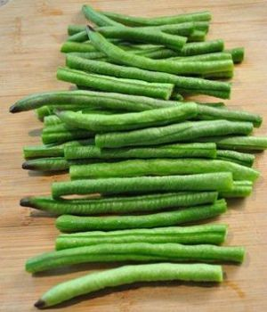 Chinese Long Beans sliced