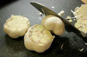 Cut Garlic Heads
