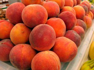 Pile of fresh peaches